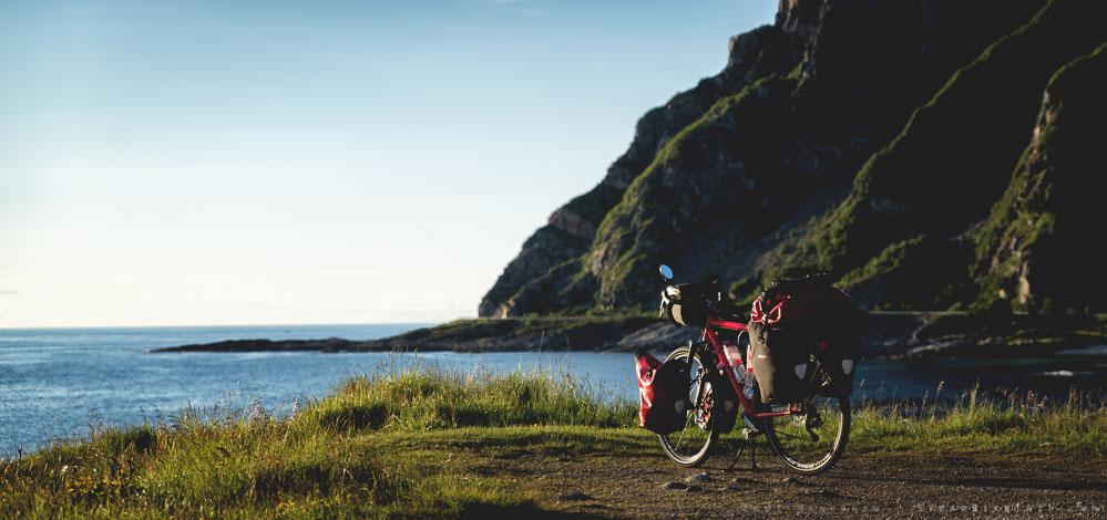 Chebici touring bike by the Norwegian coast.