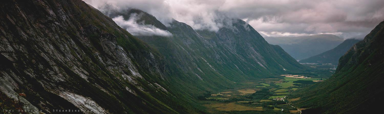 The Åndalsnes valley far below.