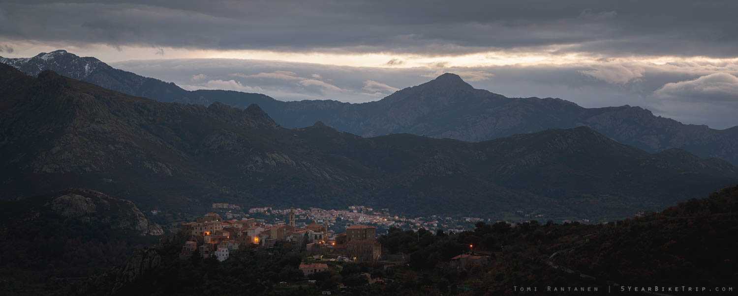 A village in the mountains near Montemaggiore.
