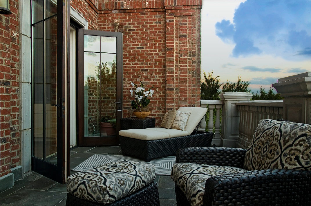 Your exclusive downtown retreat.    View Amenities