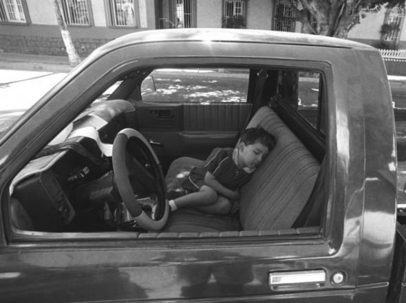 Boy+sleeping+La+Paz-590x372.jpg