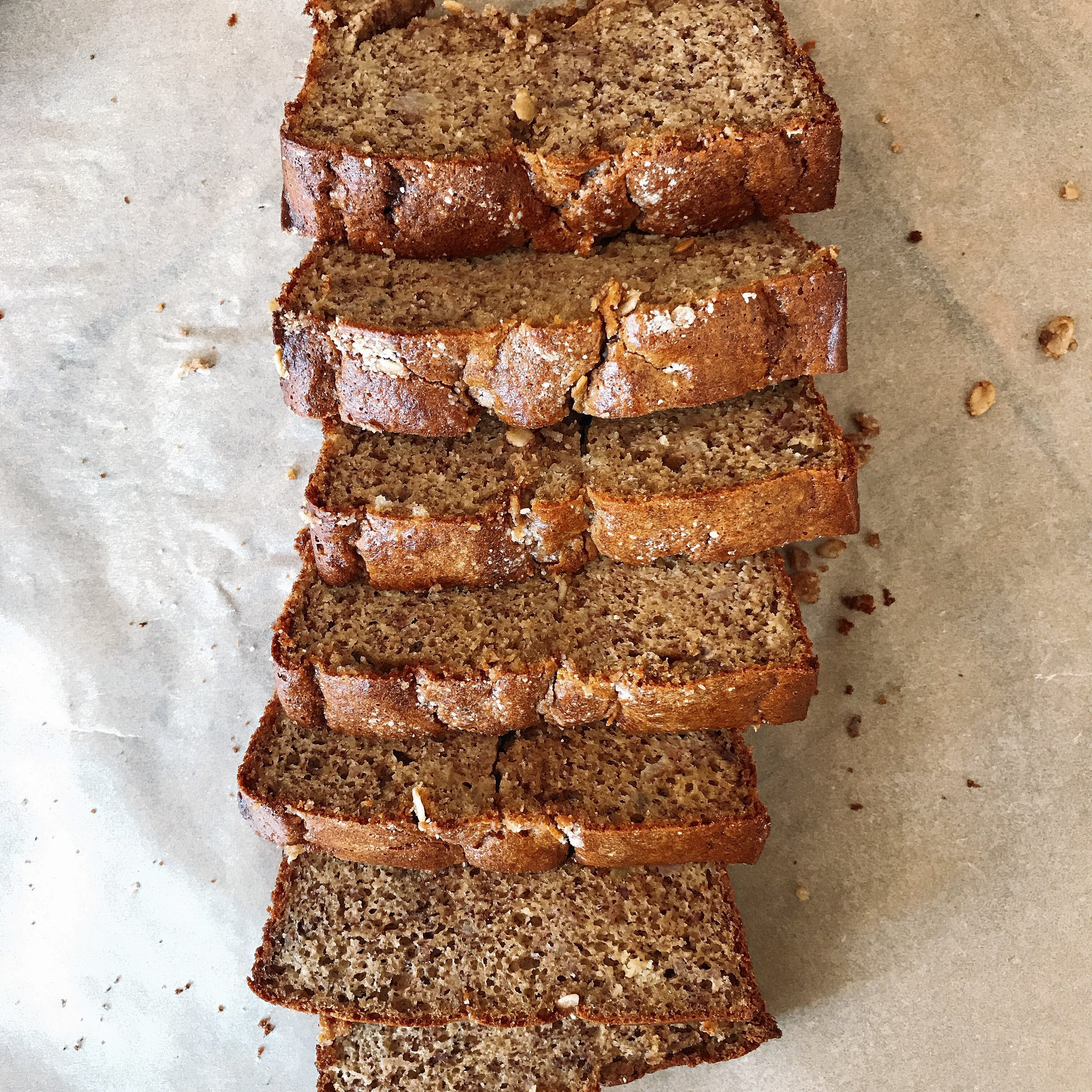 Cinnamon Coffee Cake Banana Bread that is completely dairy free, gluten free and delicious! It is light with a cinnamon sugar oat streusel with every bite!