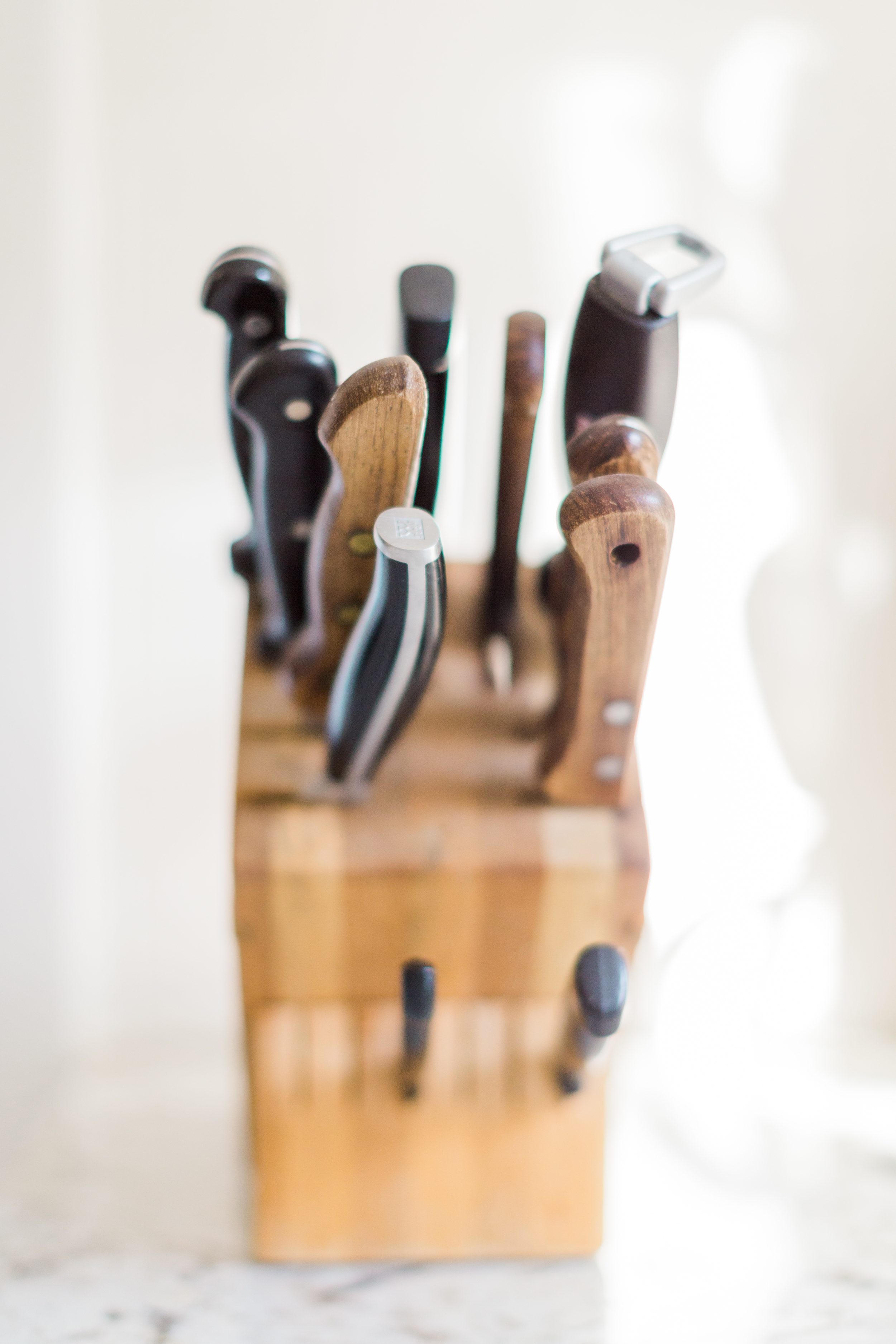 Cari Zhu Photography - Toronto Engagement At Home Kitchen Lifestyle Session-5088.jpg