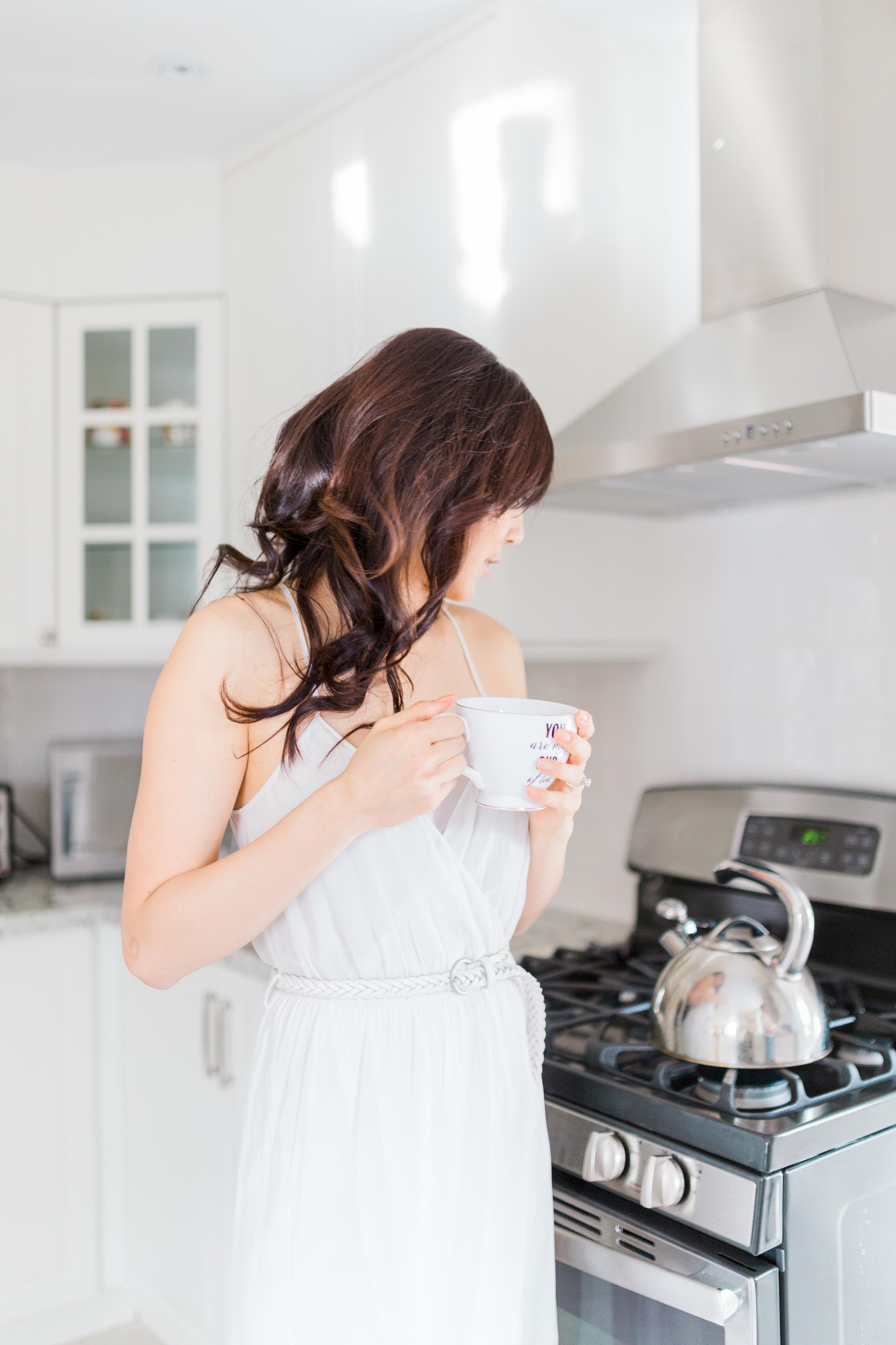 Cari Zhu Photography - Toronto Engagement At Home Kitchen Lifestyle Session-5211.jpg