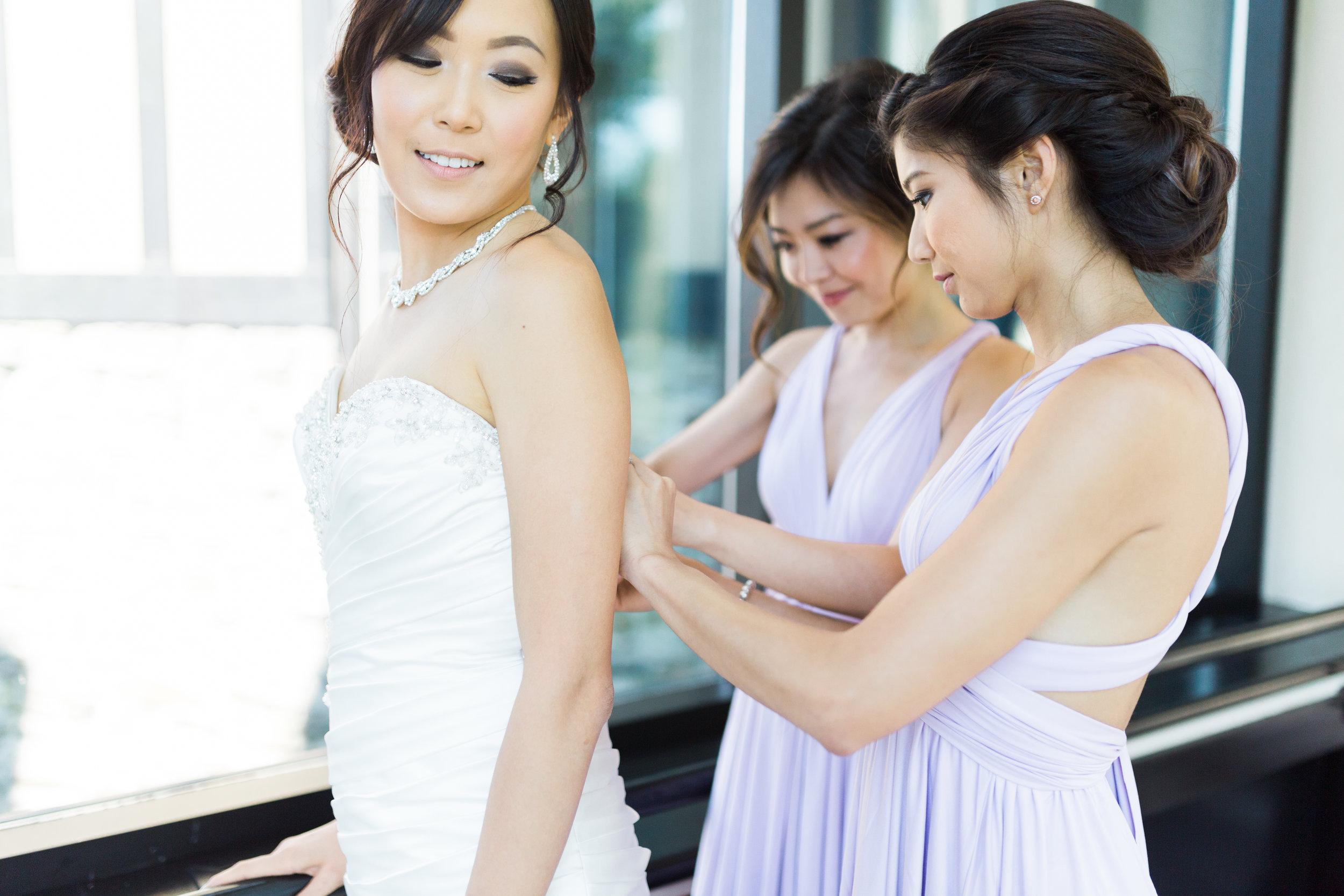 Toronto Fine Art Photographer - Old Mill Wedding - Bride Getting Ready-3.jpg