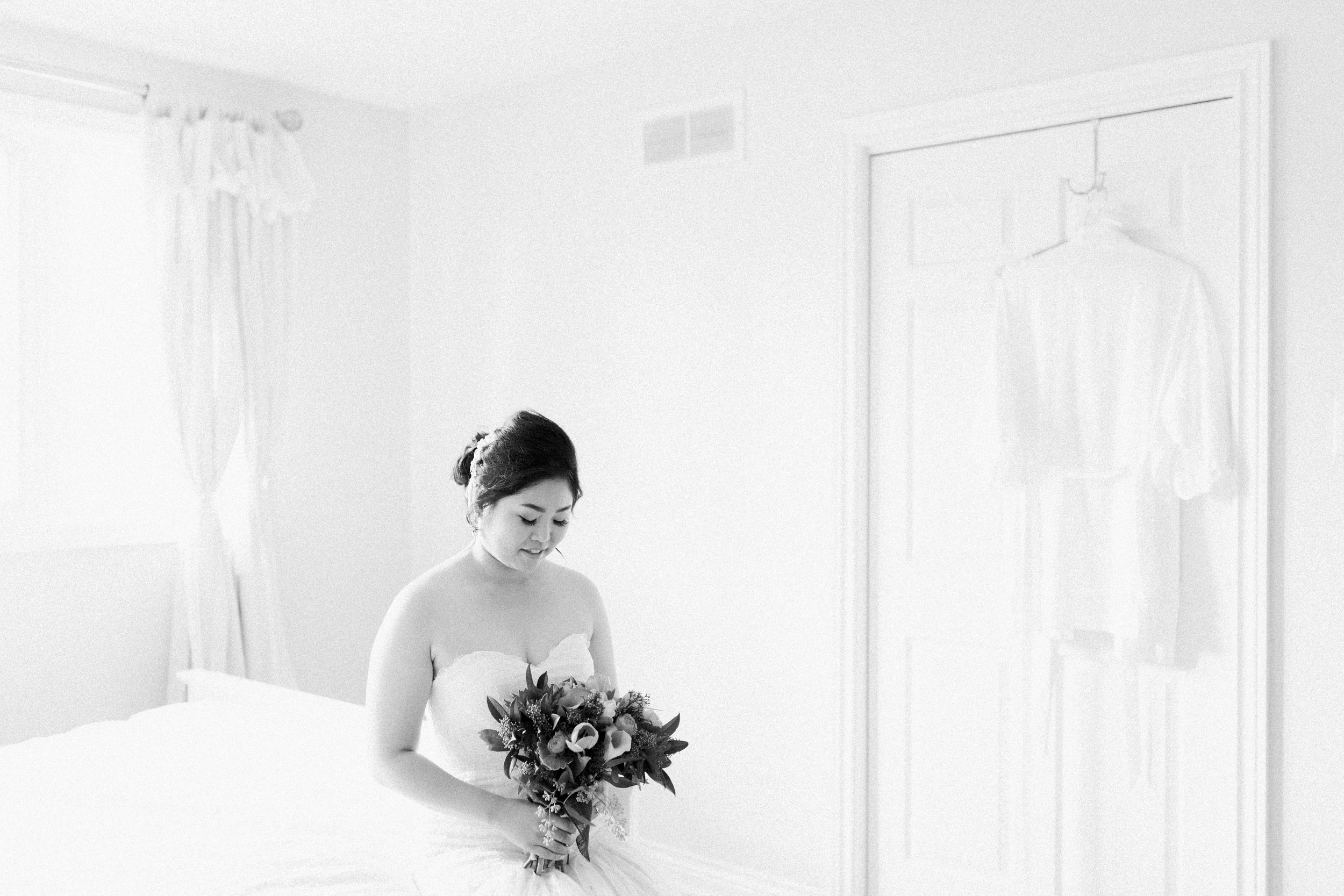 Toronto Fine Art Photographer - Toronto Hunt Club Wedding - Bride Getting Ready-57.jpg