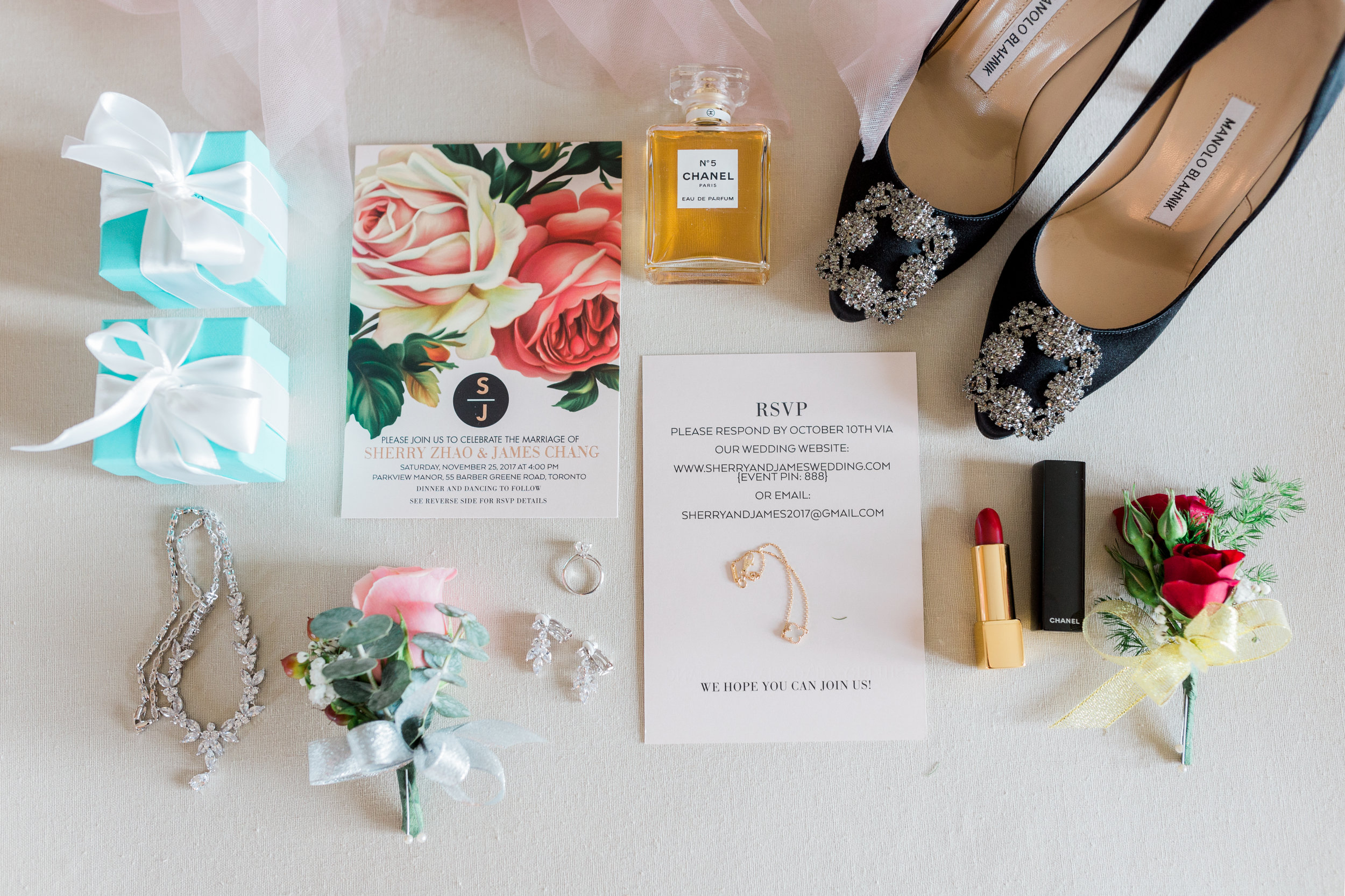 Parkview Manor Wedding - Bride Getting Ready-15.jpg