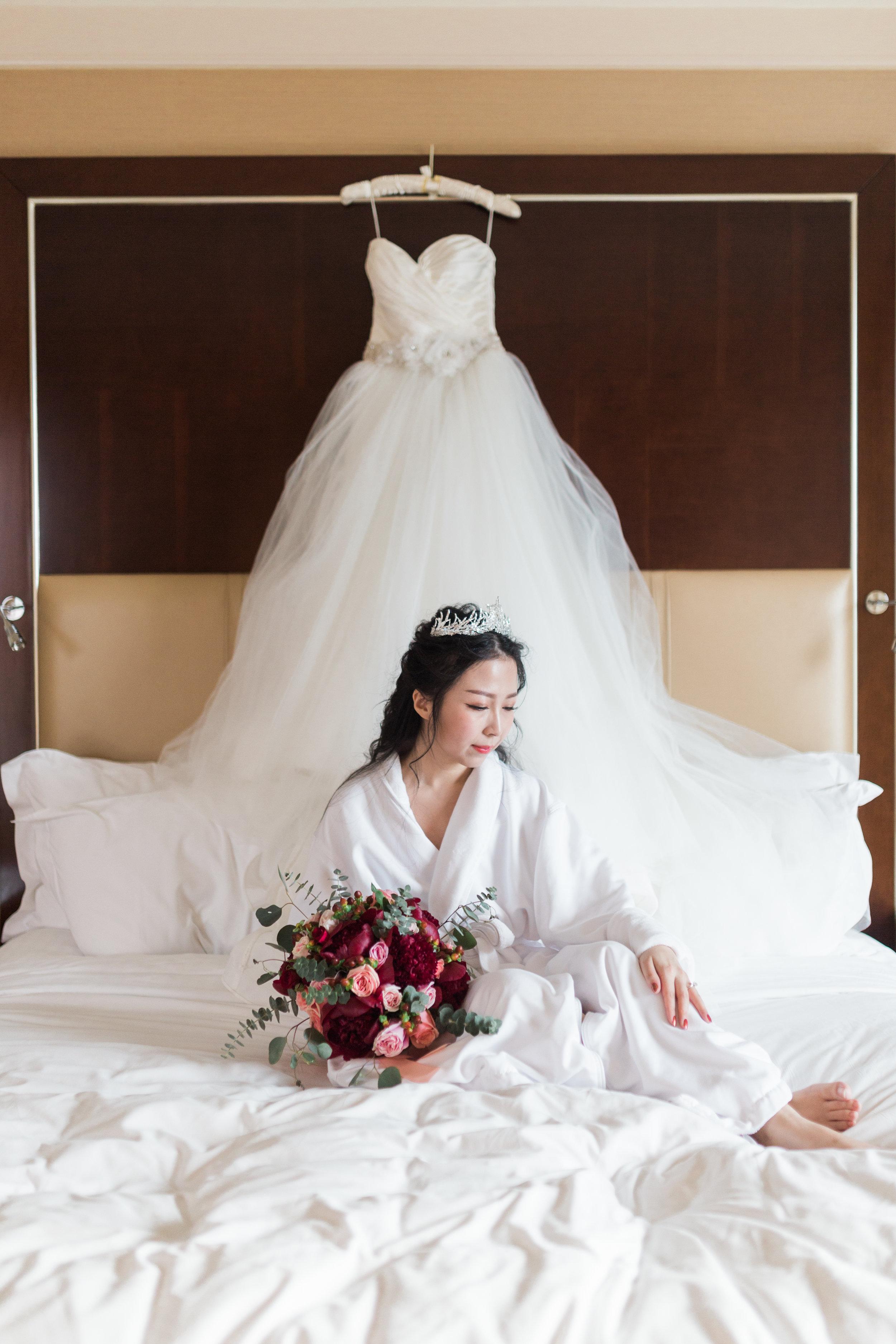 Parkview Manor Wedding - Bride Getting Ready-26.jpg