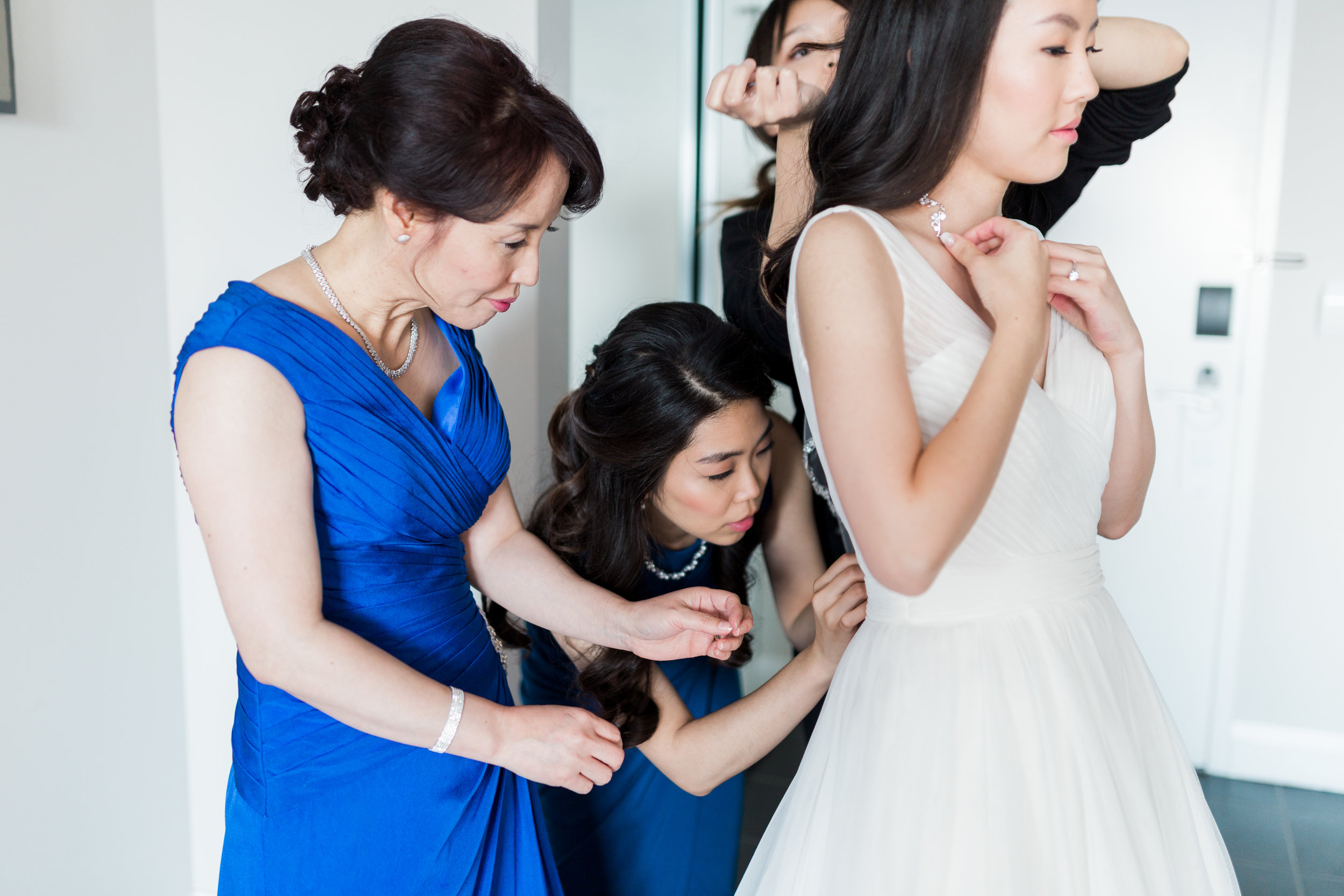 Estates of Sunnybrook Wedding - Bride Getting Ready-41.jpg