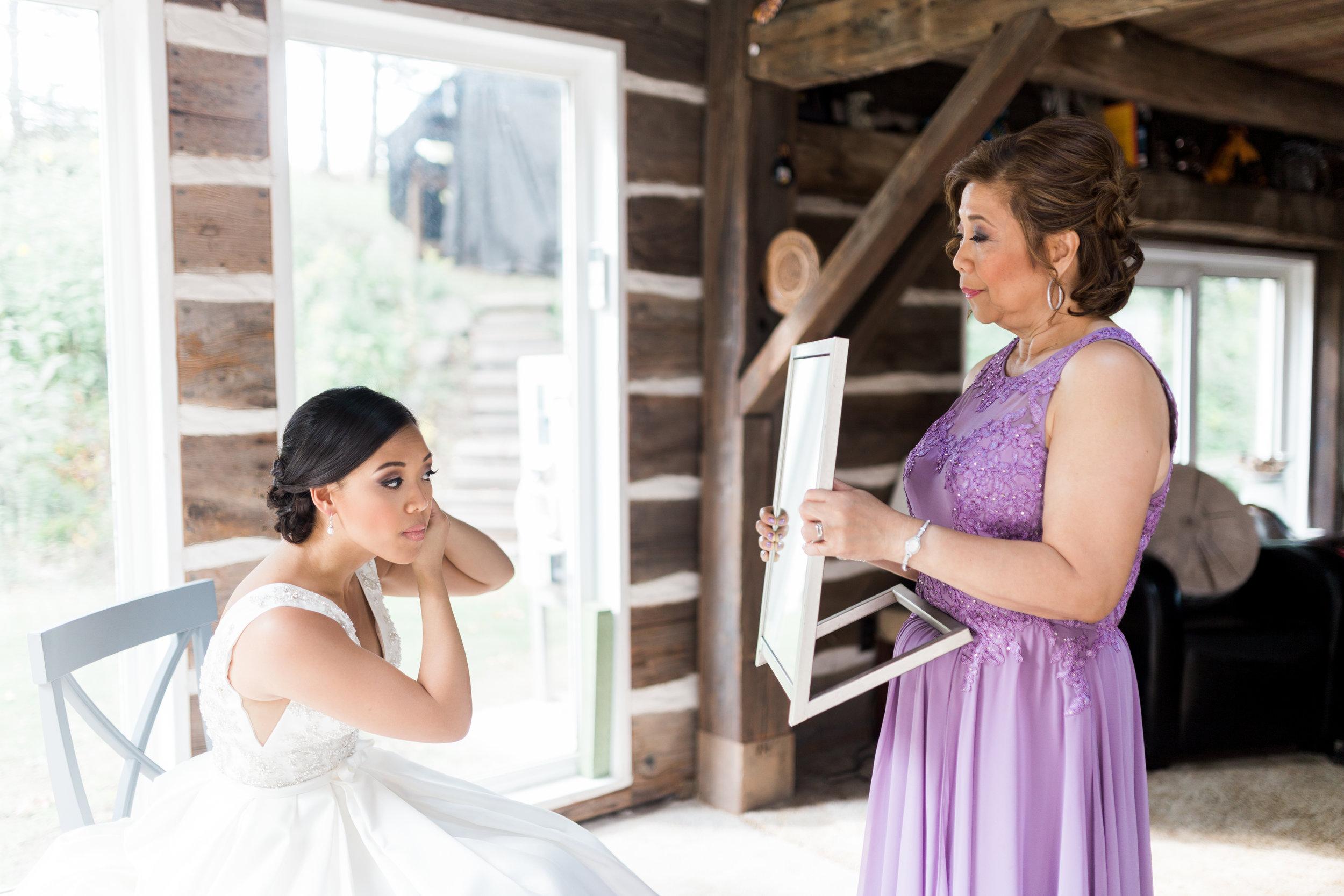 Alton Mills Wedding - Bride Getting Ready-55 - Copy.jpg