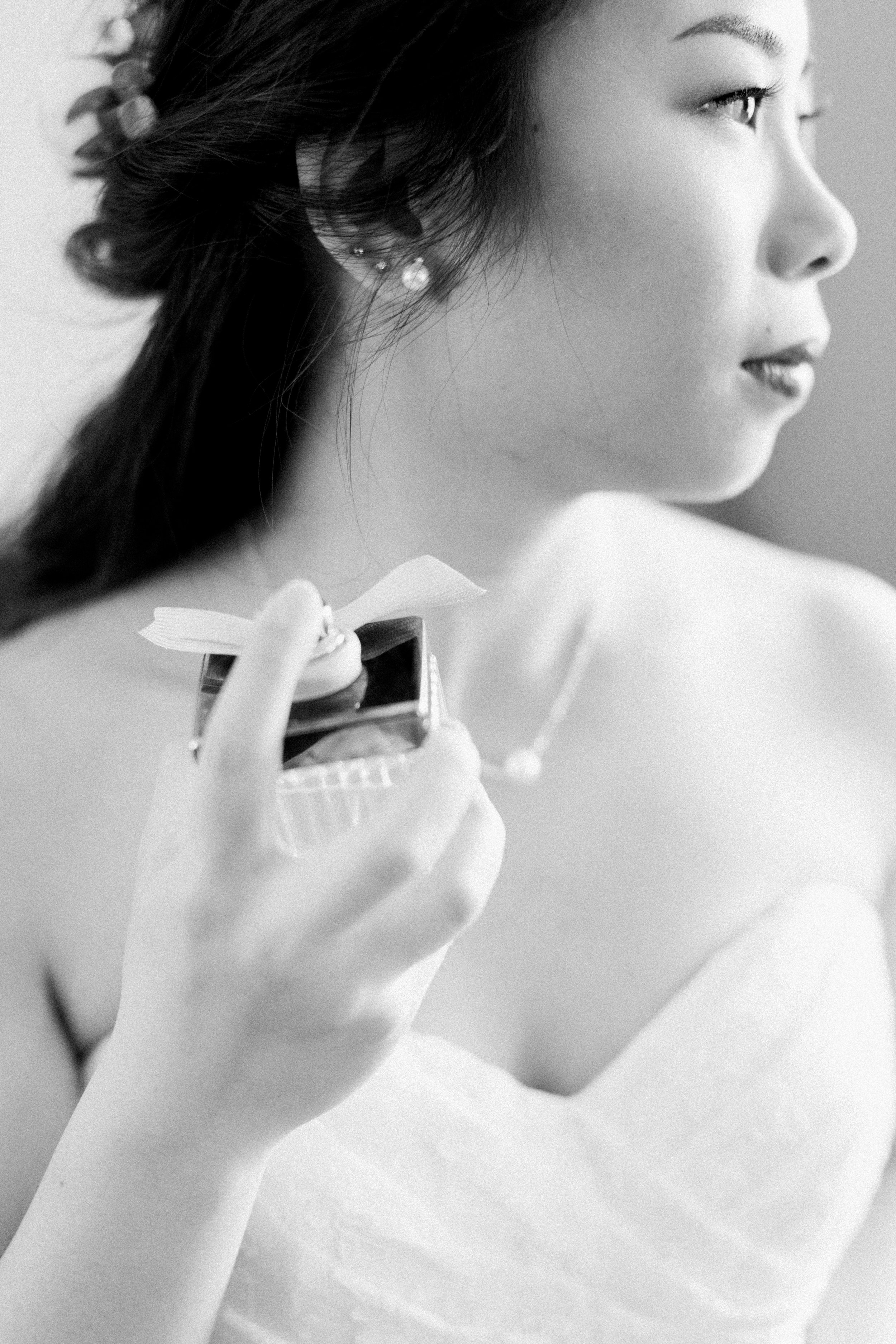The Manor Winter Wedding-Bride Getting Ready-48.jpg