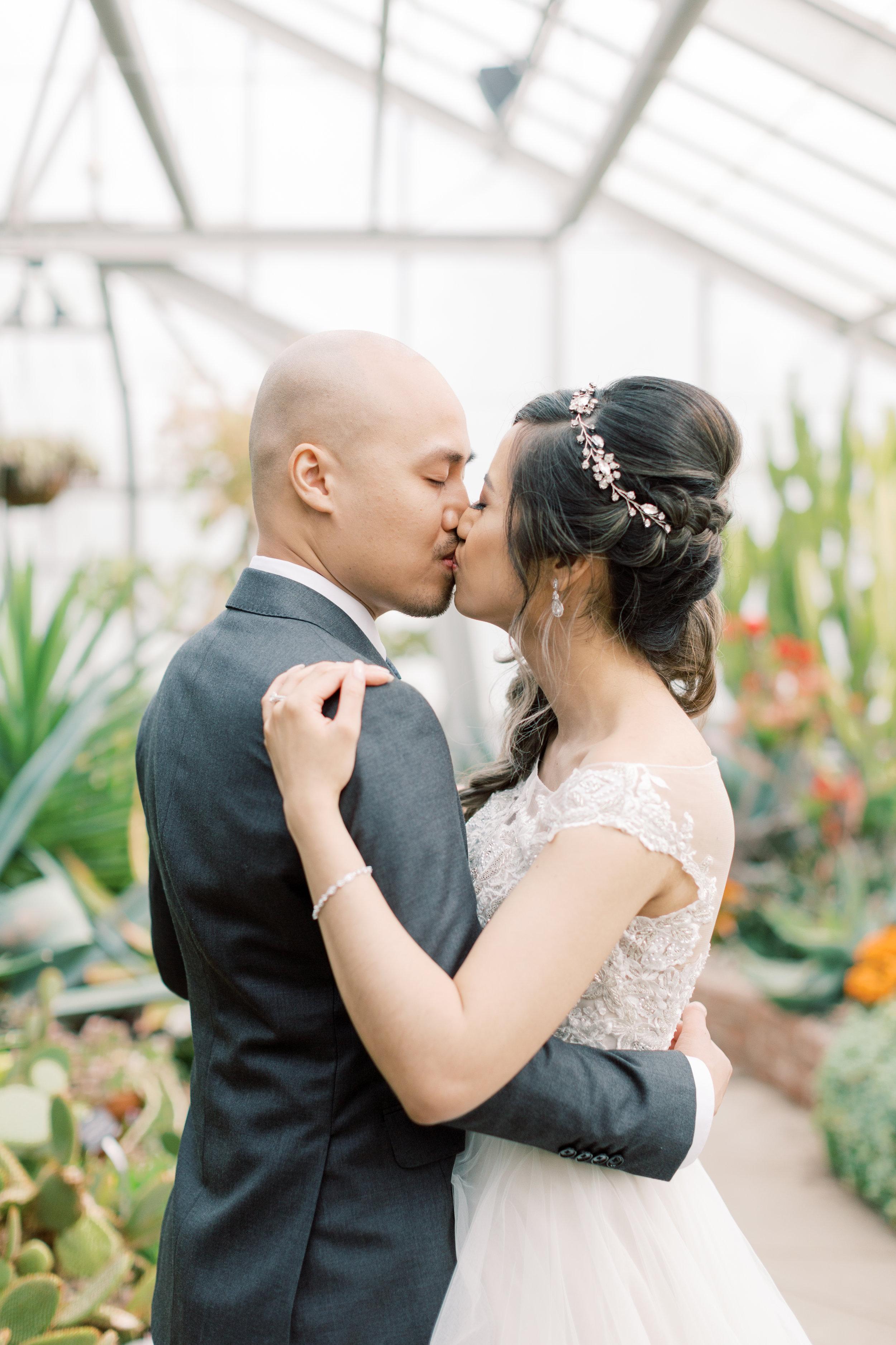 Millenium Gardens Centennial Conservatory Park Wedding-3577.jpg