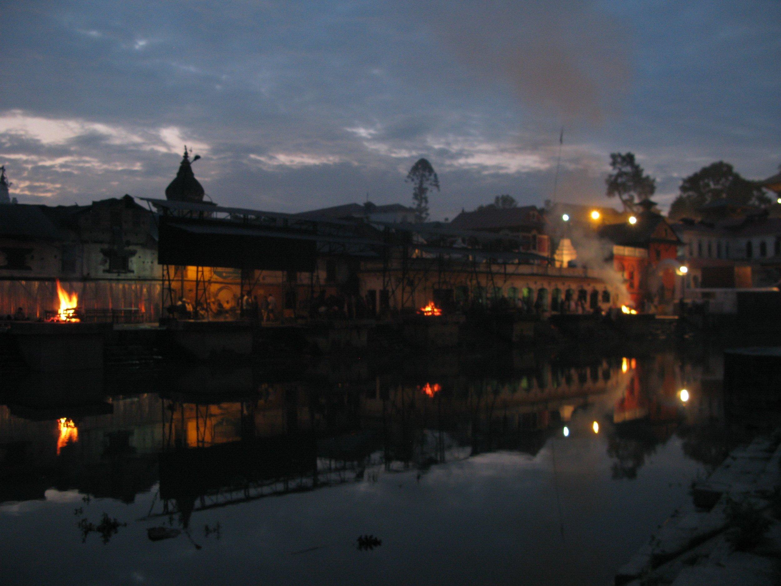 Pashupatinath night.jpg