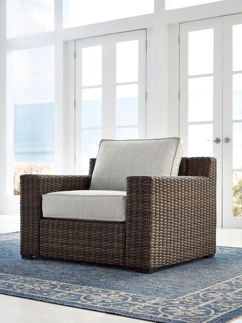 Alta Grand Lounge Club Chair