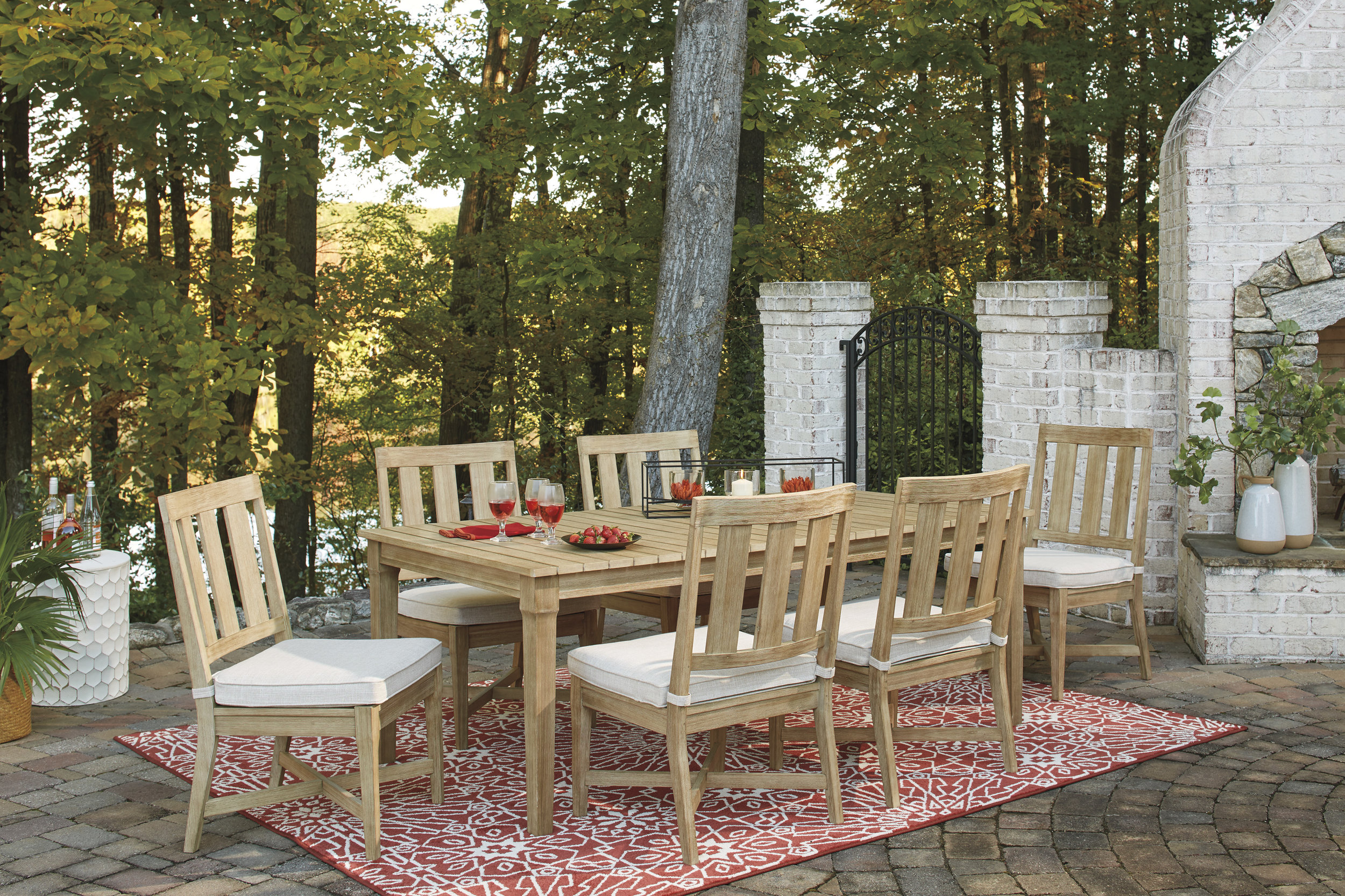 Clare View Eucalyptus Wood Dining Set