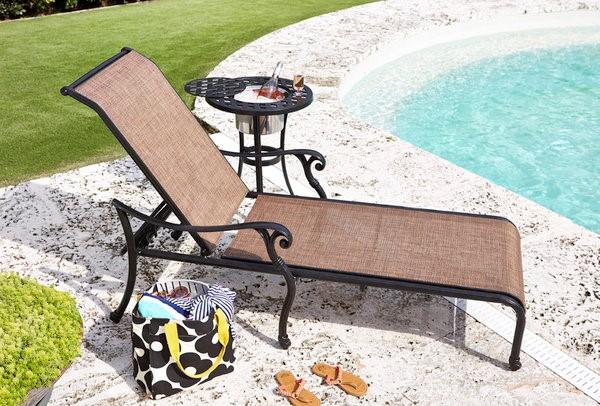 Castle Rock Cast Sling Chaise Lounge