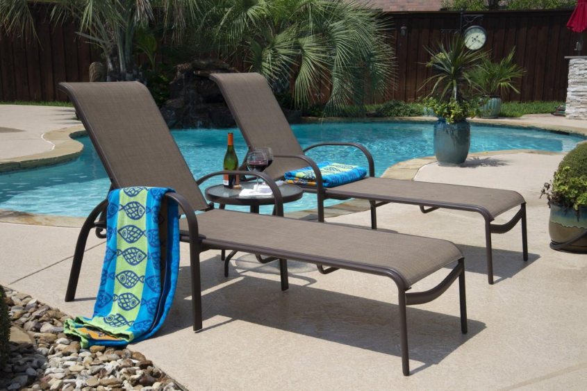 WOODARD 2019 3 PIECE CHAISE LOUNGE SET_Page1_Image1.jpg