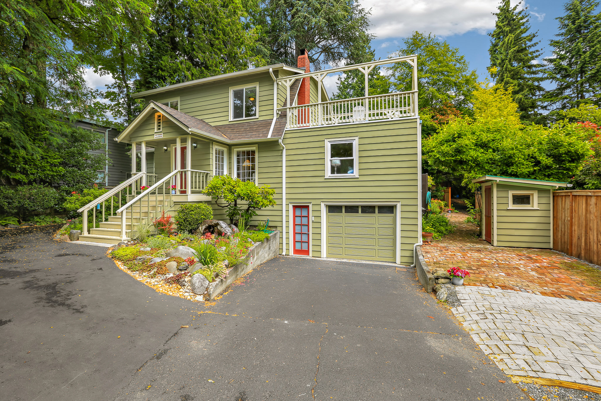 19.7.3 {Heather Rogers} 12354 35th Ave NE, Seattle - EDITED-0002 front of house West.jpg