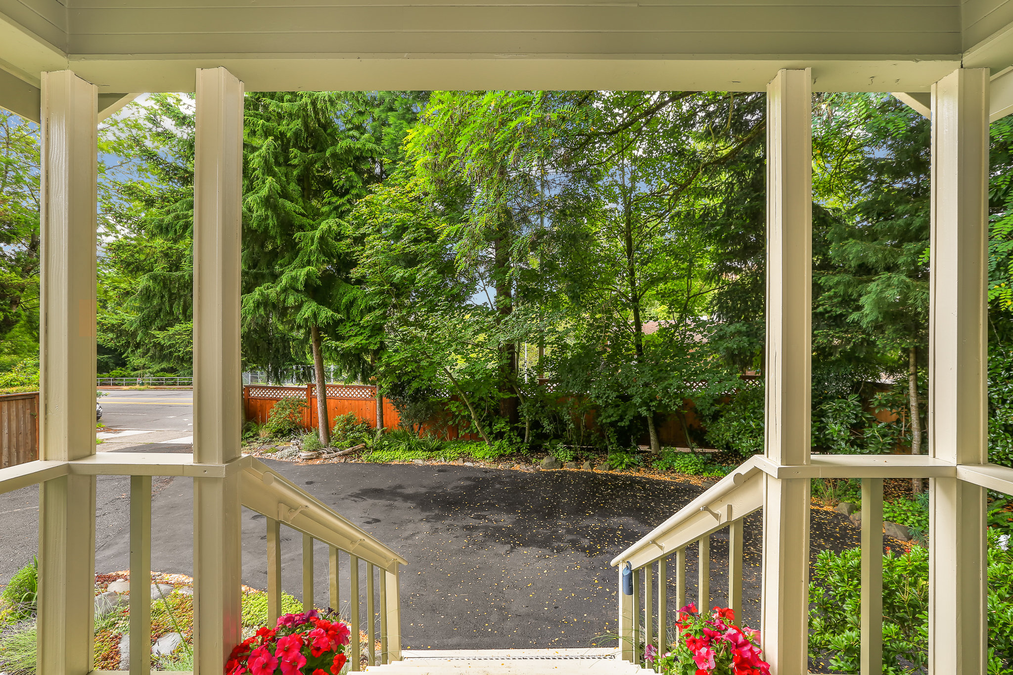 19.7.3 {Heather Rogers} 12354 35th Ave NE, Seattle - EDITED-0010 front porch.jpg