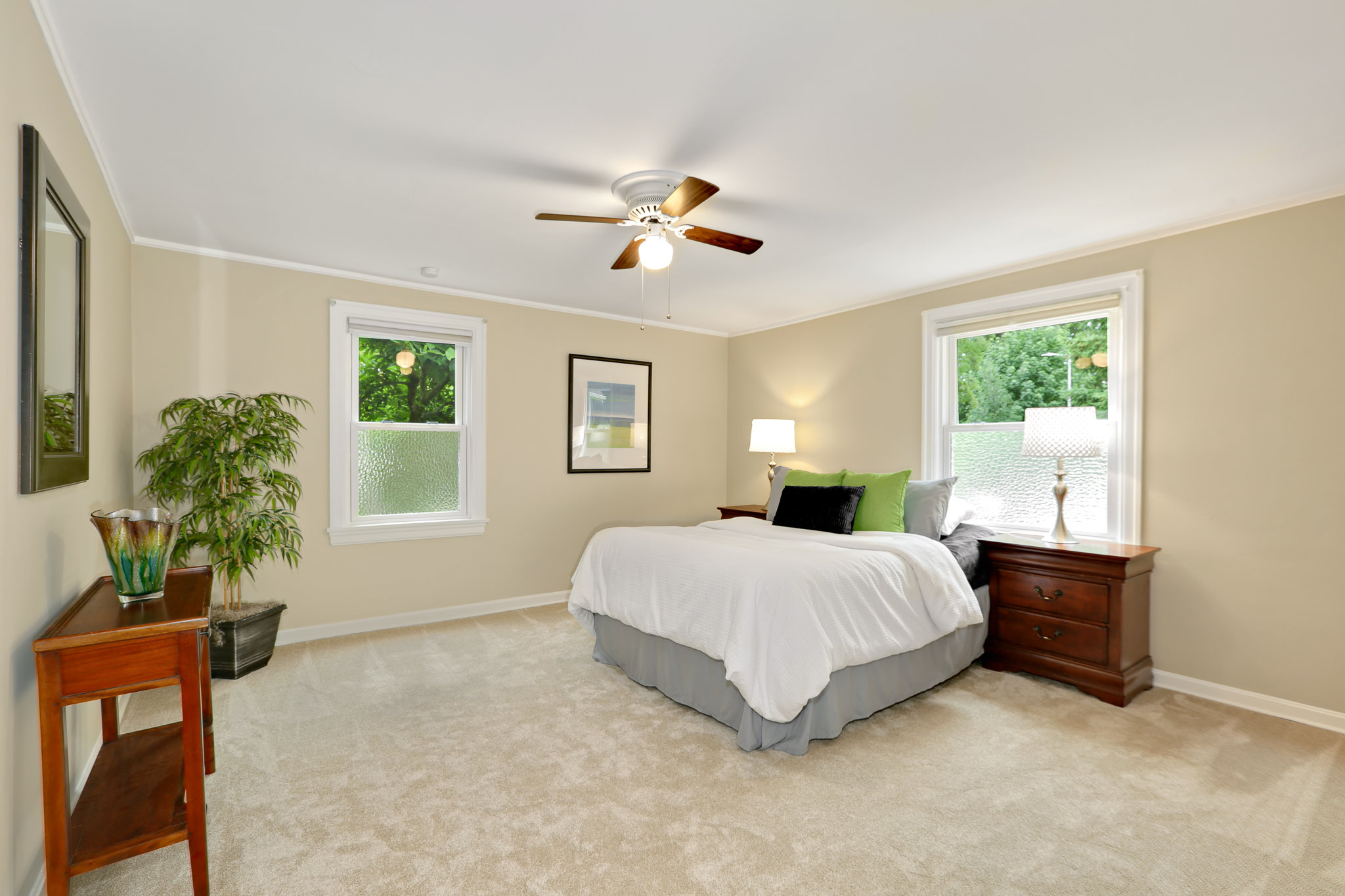 19.7.3 {Heather Rogers} 12354 35th Ave NE, Seattle - EDITED-0016 main floor bedroom.jpg