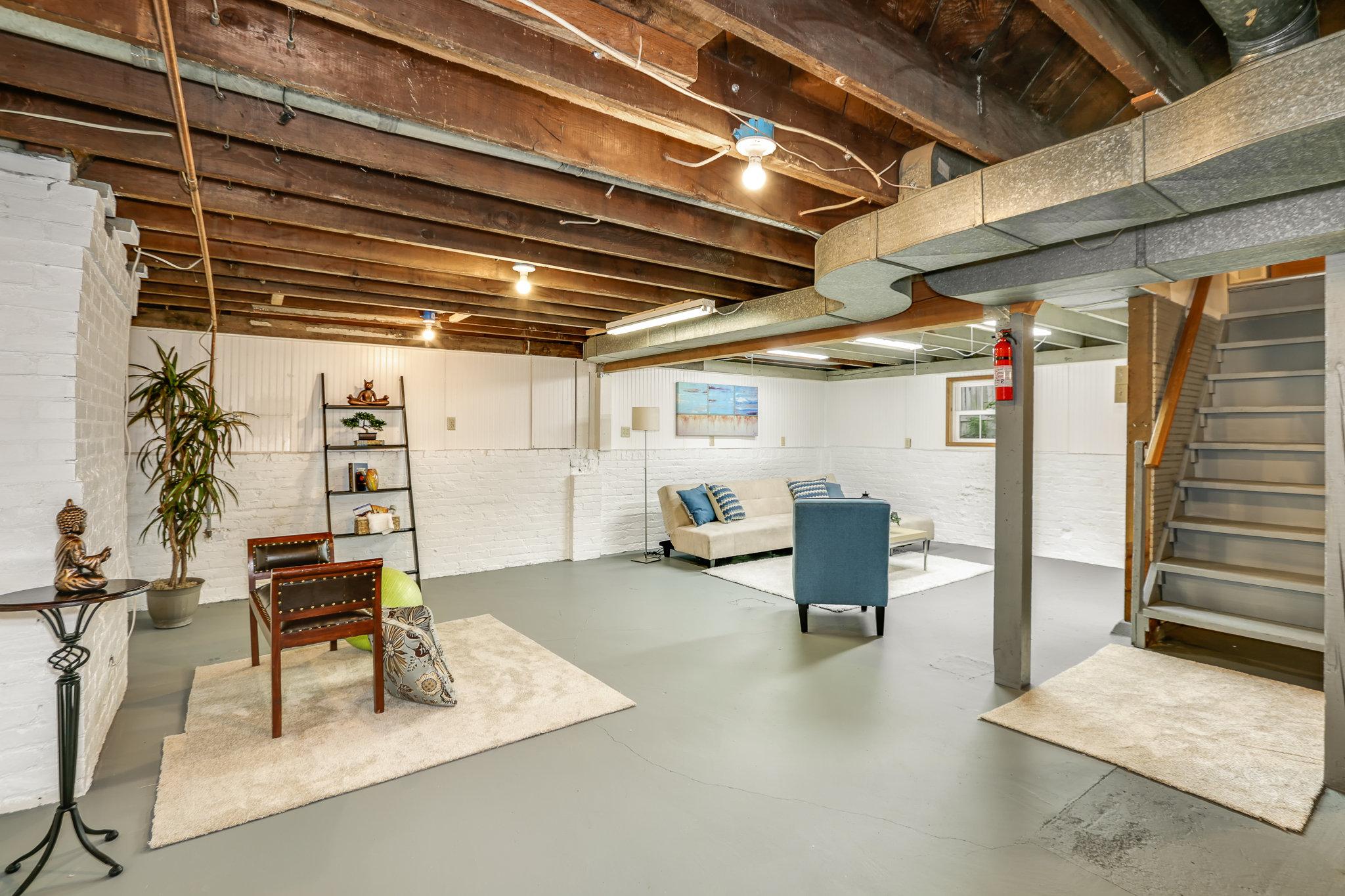 19.7.3 {Heather Rogers} 12354 35th Ave NE, Seattle - EDITED-0022 basement.jpg