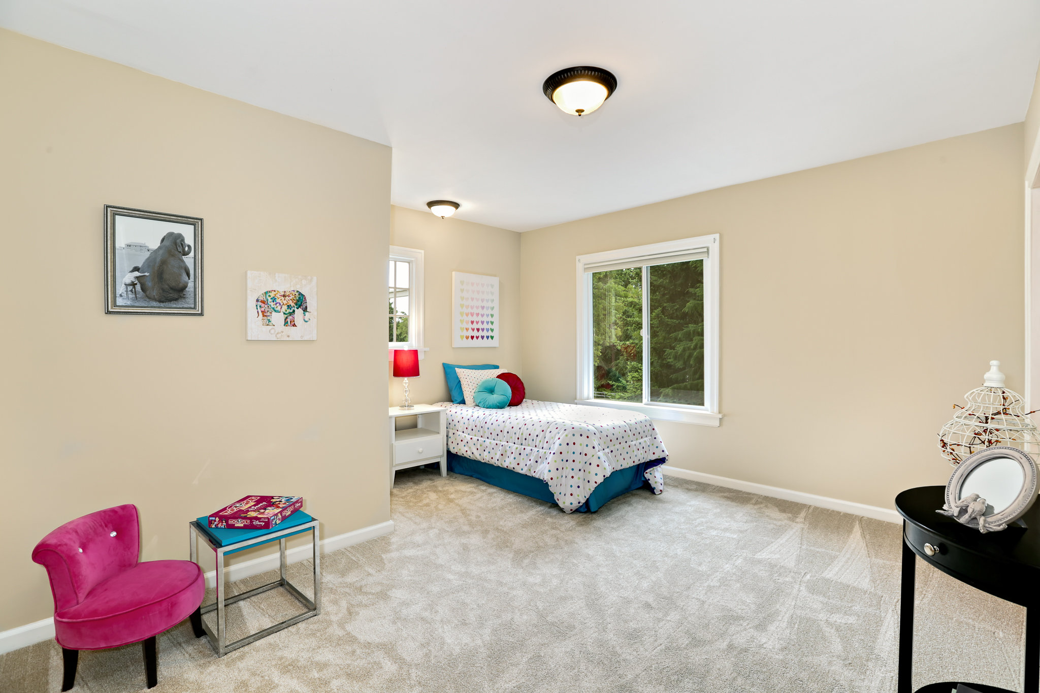 19.7.3 {Heather Rogers} 12354 35th Ave NE, Seattle - EDITED-0028 upstairs kids bedroom.jpg