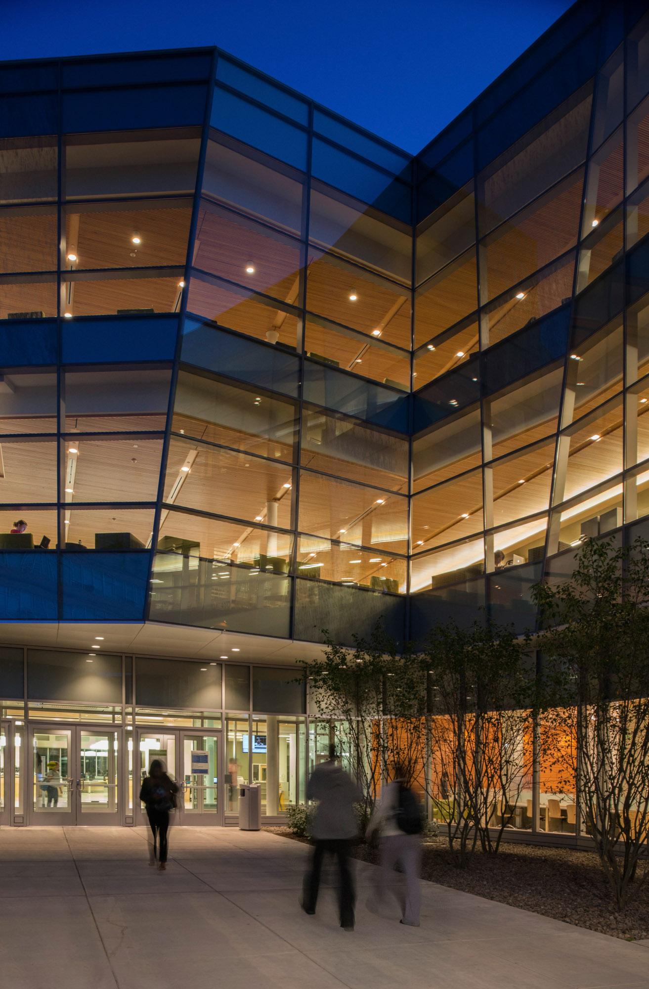 Salem State Library | Salem MA