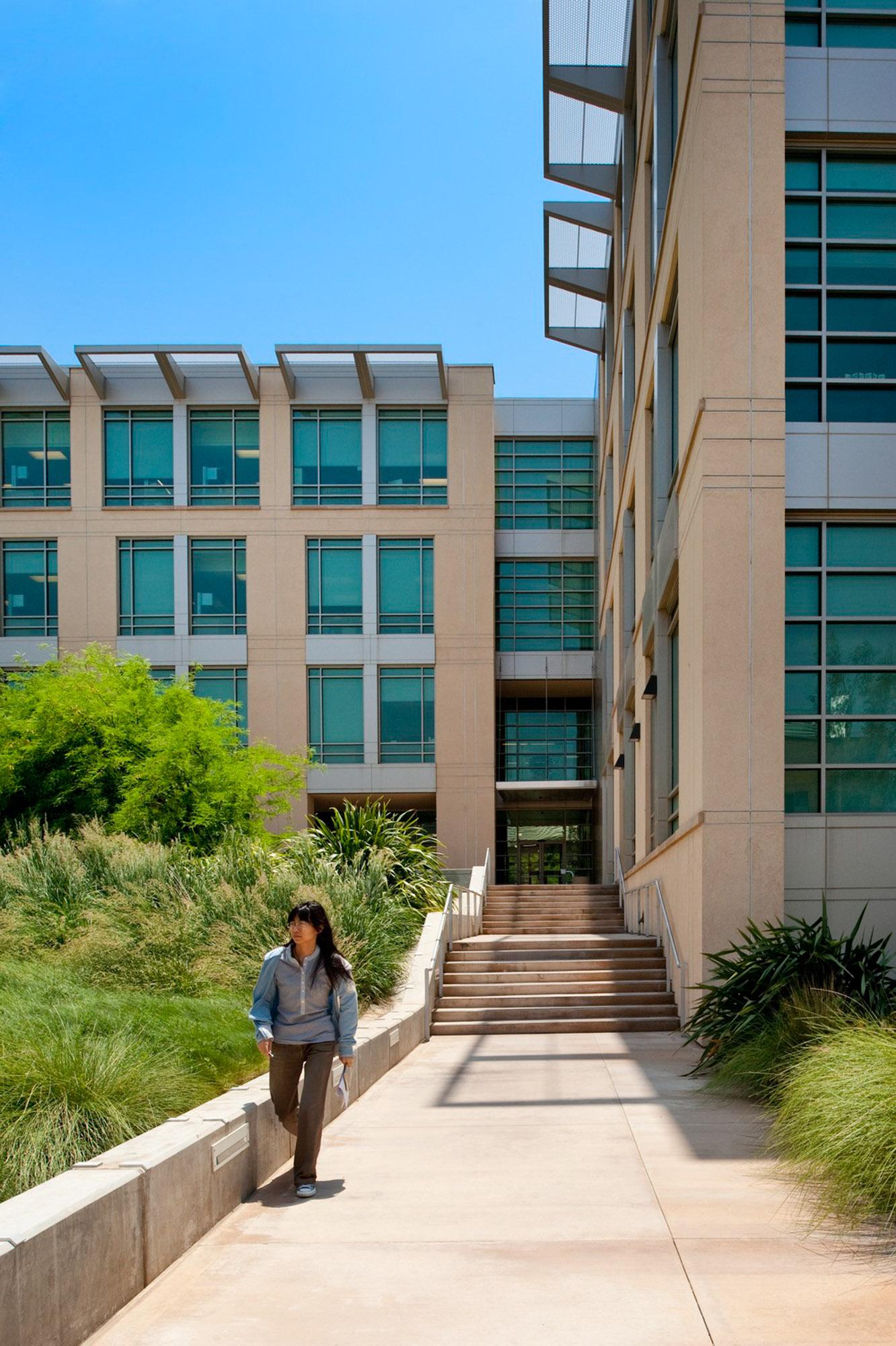 UCR Genomics | Riverside CA