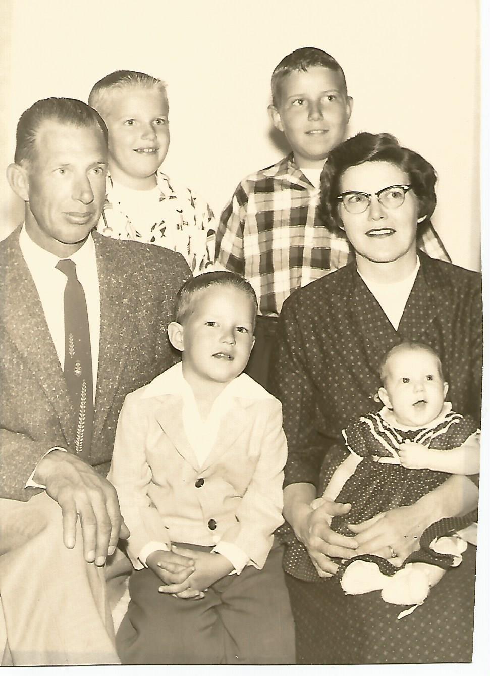 Family April 1959.jpg