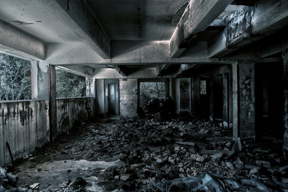 Retail-Apocalypse-2017-Public-Domain.jpg