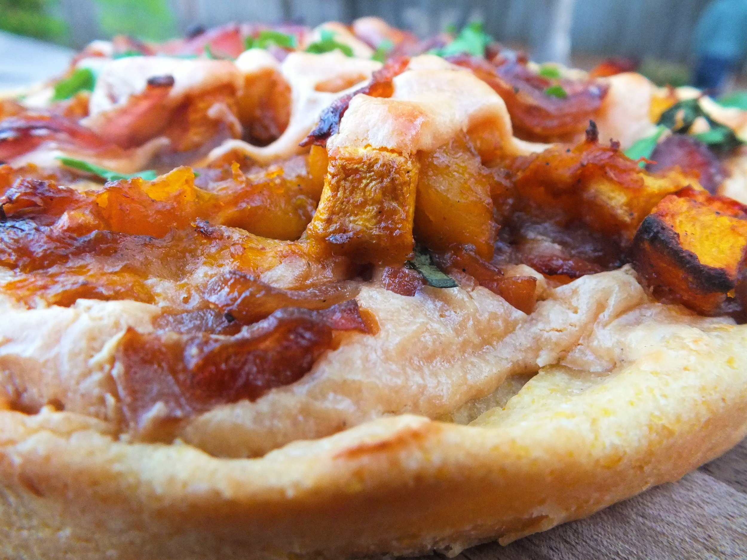 butternut squash and caramelized red onion pizza