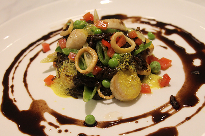 fiedoes negros with black garlic, trumpet mushroom scallops, peas, red pepper, saffron foam, black olive oil .jpg