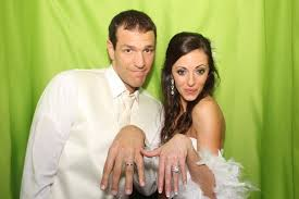 affordable photo booth for weddings