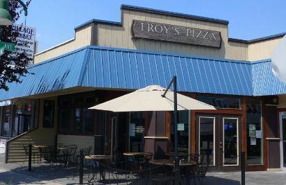 troys pizza web 1.jpg