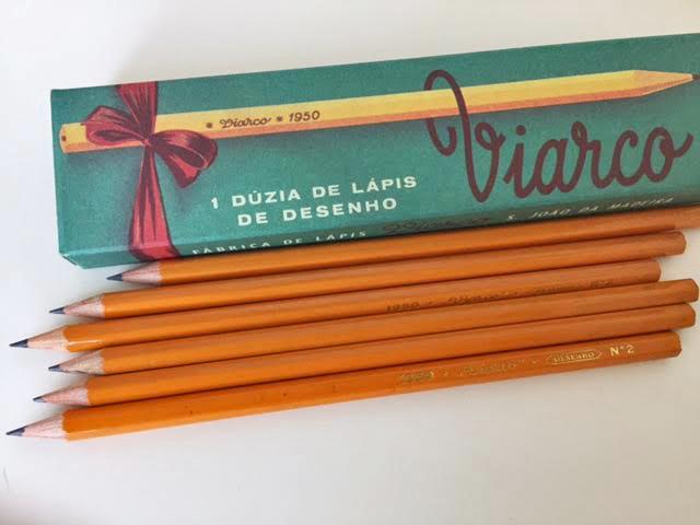 12 pencils per box - rich yellow barrel. All pencils are HB grade graphite.  PURCHASE ONLINE