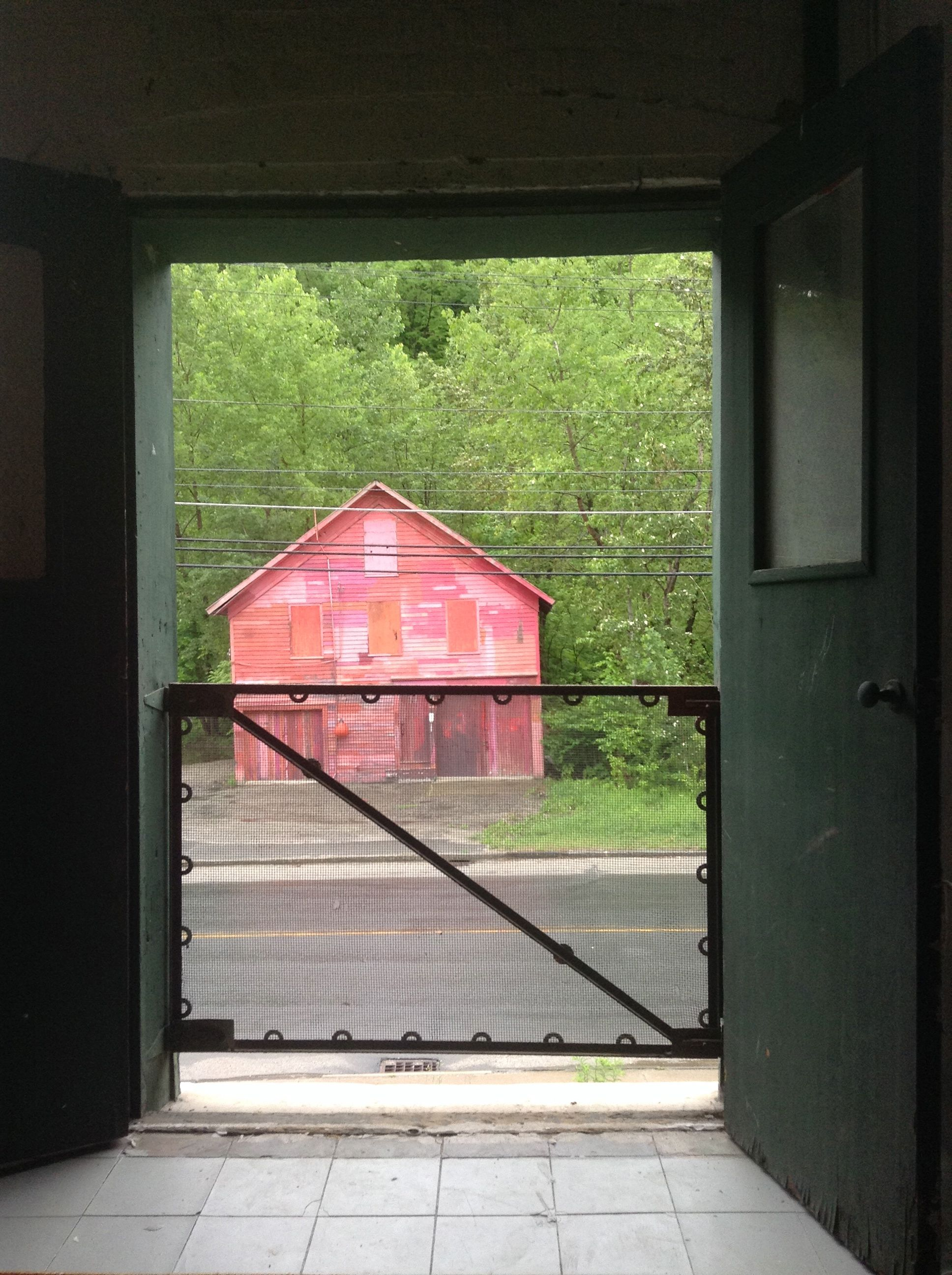 pink barn photo.jpg