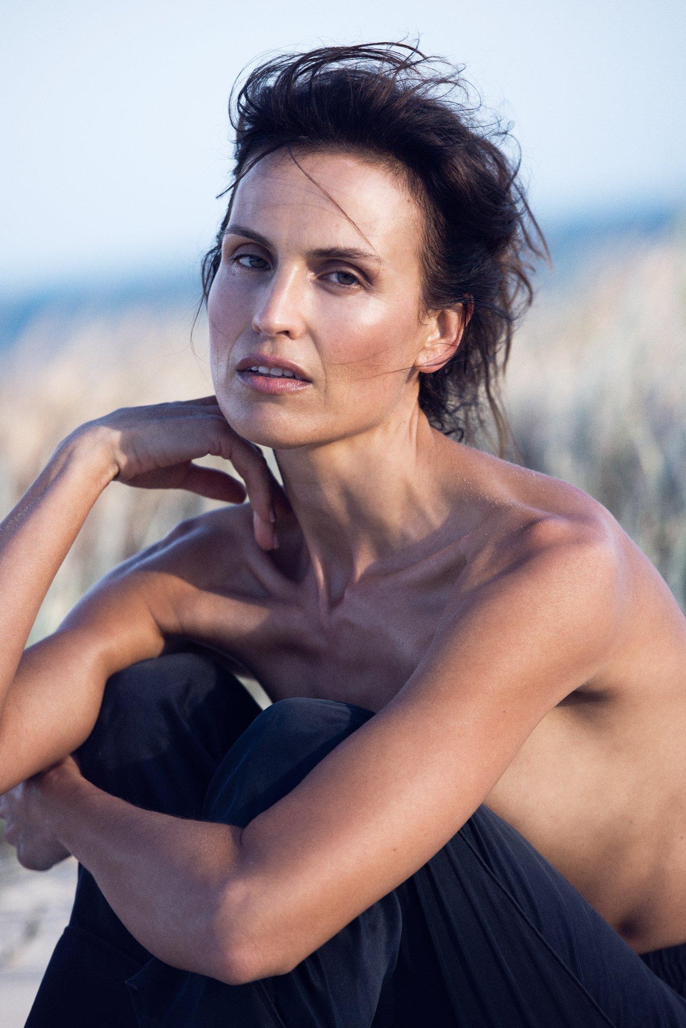 Abigail - Abigail O'Neill, Photographs: Dave Blake. Hair-Makeup: Nahid Kholghi; Location: Byron Bay, Australia