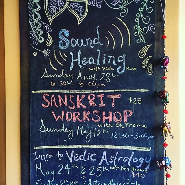Portland, @oheatsea's Sanskrit Workshop is happening today! 12.30-3.00 @shantiomyogapdx . . A largely experiential workshop for anyone who wants to get a deeper look into some Sanskrit and yoga philosophy.❤️