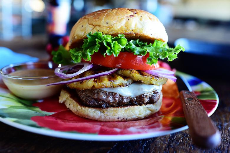 Hayk Zar HAwaiian Style Hamburger.jpg