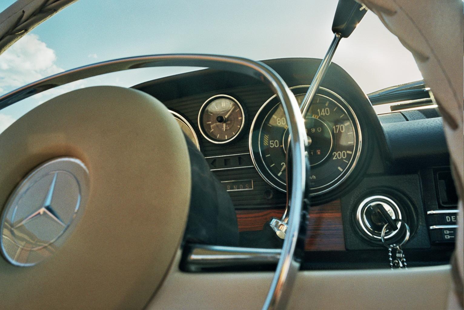 35mm_Lumen_Cars_Mercedes_Shooting