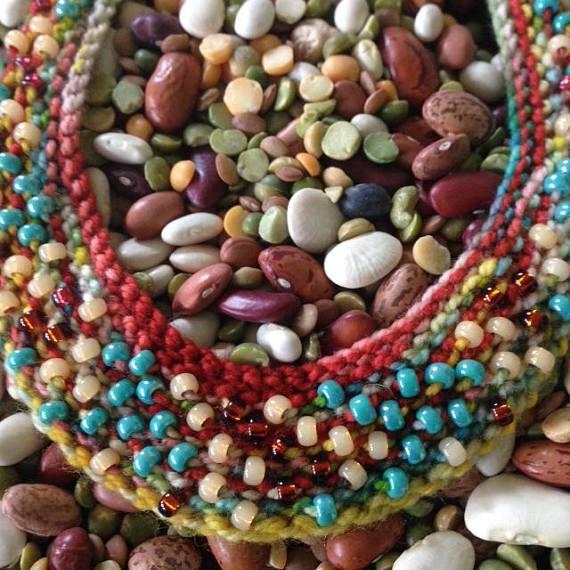 knit necklace 1.jpg