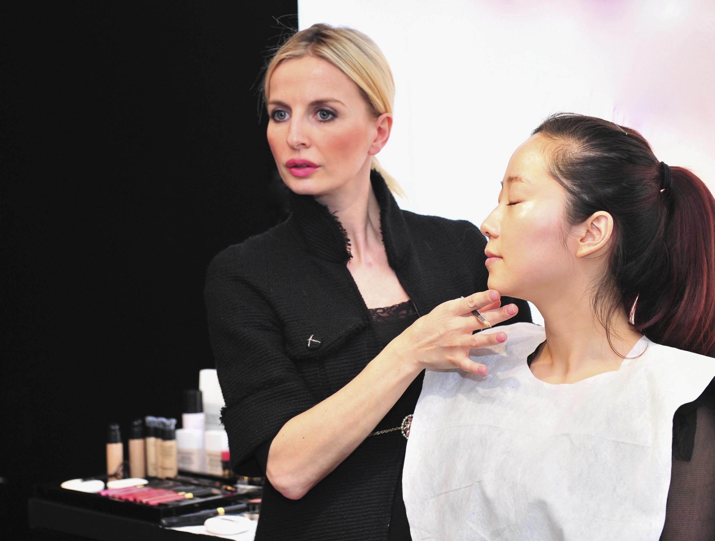 2011.04 make up class china 198.jpg