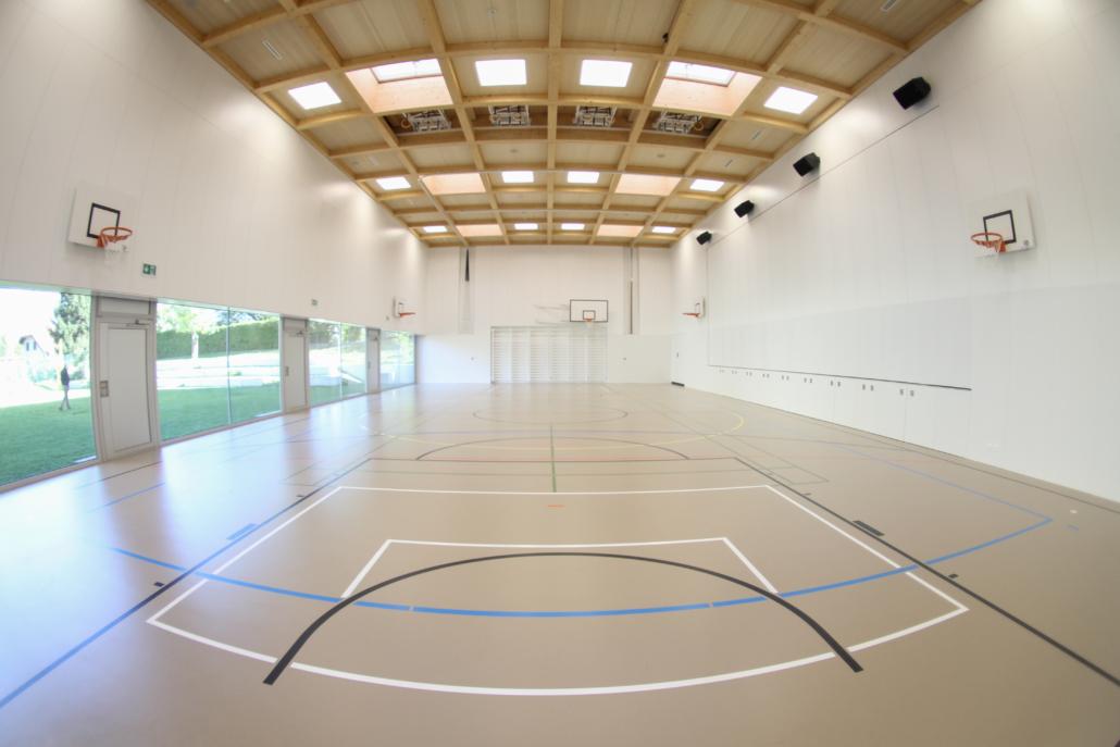Fluora_Referenzen_Schule-Universitaet-Freizeit_Turnhalle-Nendaz_24-1030x687.jpg