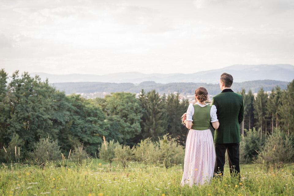 austria-SCHLOSS-OBERMAYERHOFEN-destination-wedding-photographer-16.jpg