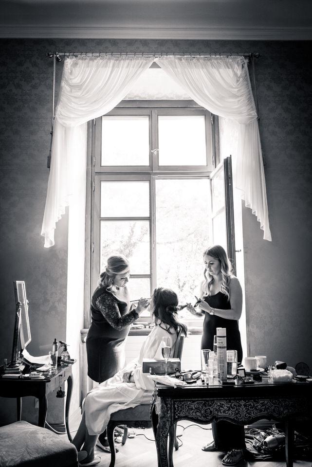 austria-SCHLOSS-OBERMAYERHOFEN-destination-wedding-photographer-9.jpg