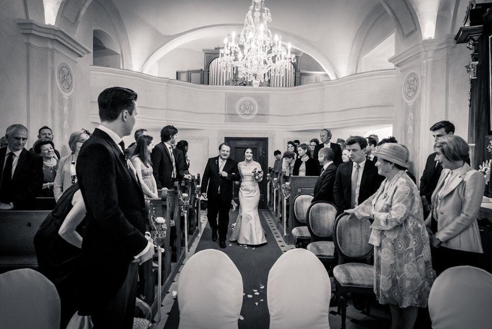 austria-SCHLOSS-OBERMAYERHOFEN-destination-wedding-photographer-18.jpg