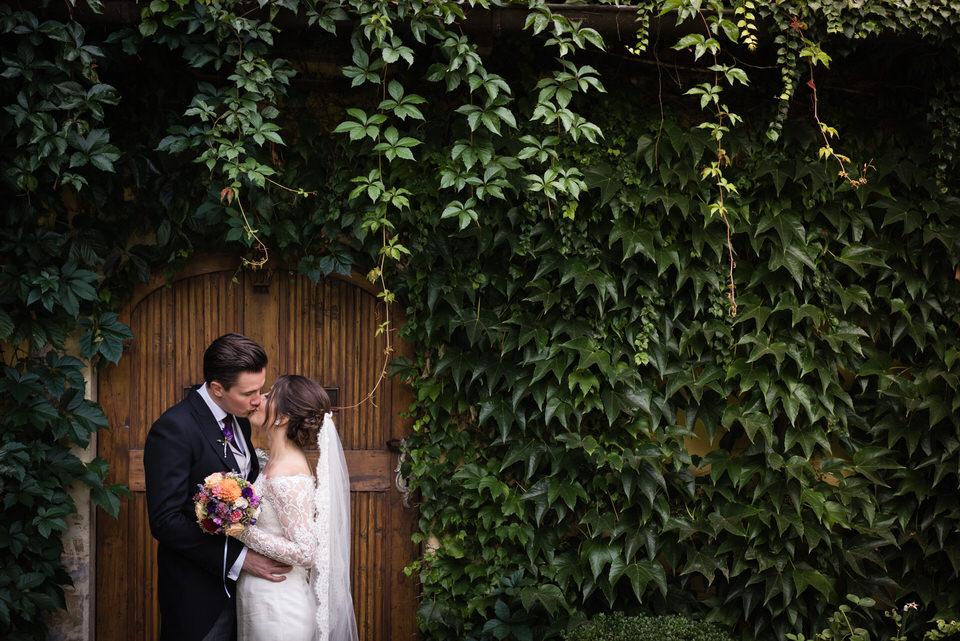 austria-SCHLOSS-OBERMAYERHOFEN-destination-wedding-photographer-29.jpg