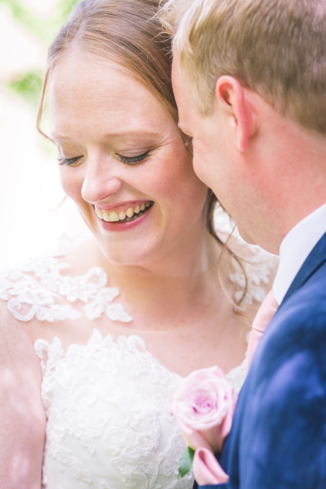 chevin-lodge-leeds-wedding-photographer-16.jpg