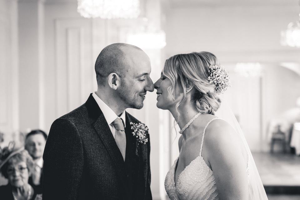 dunedin-country-house-yorkshire-wedding-photographer-19.jpg
