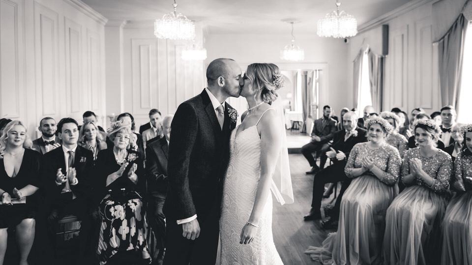 dunedin-country-house-yorkshire-wedding-photographer-20.jpg